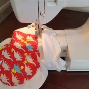 Sewing a heart onto a toddler tshirt with a sewing machine, basic applique for beginners, easy first sewing project