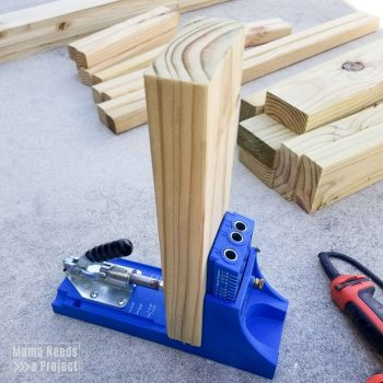 kreg jig set up for pocket holes in 2x4 for diy outdoor toy storage shelf