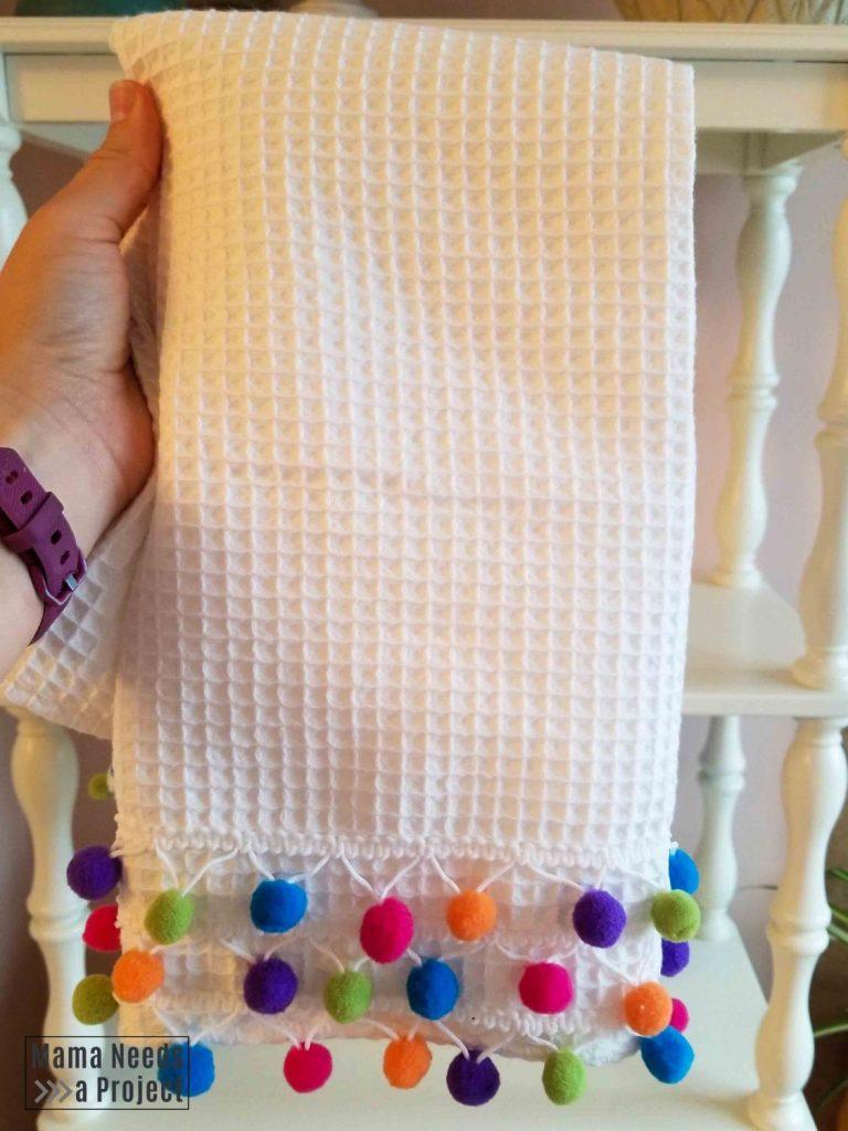 diy pom pom hand towel