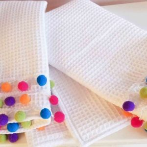 diy pom pom towels featured image