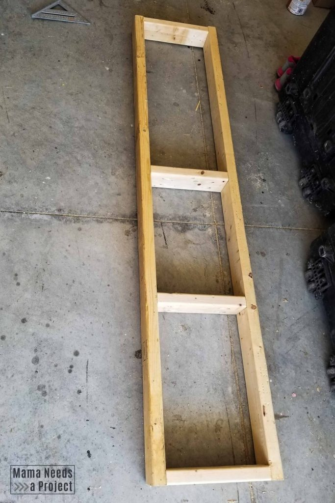 construction of side of shelf