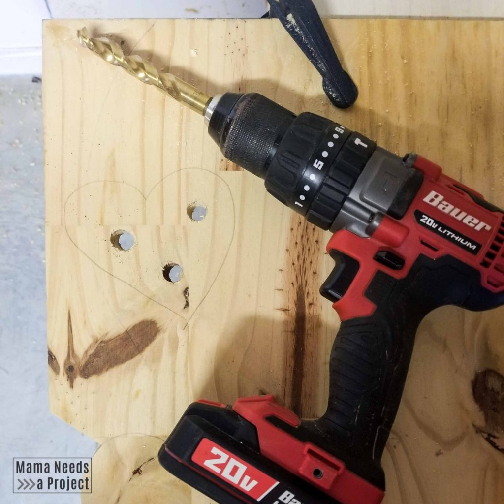 drill holes in wood to cut out the center of a shape with a jigsaw