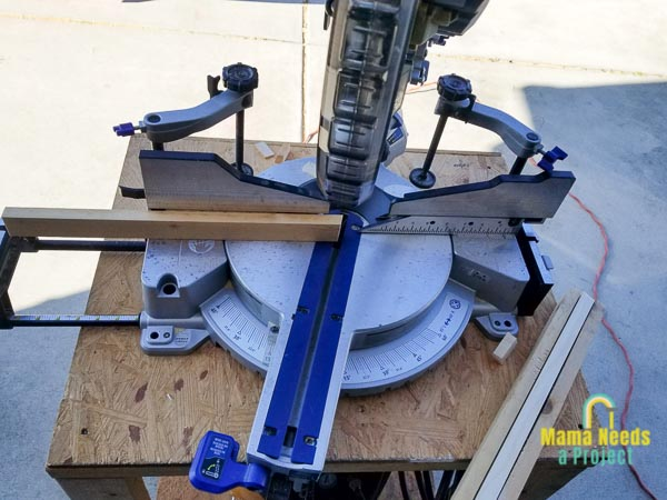 use a miter saw to cut 15 degree angle on legs for roadblock cupcake stand