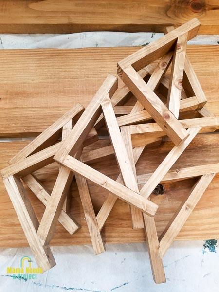 completed diy wood shelf brackets